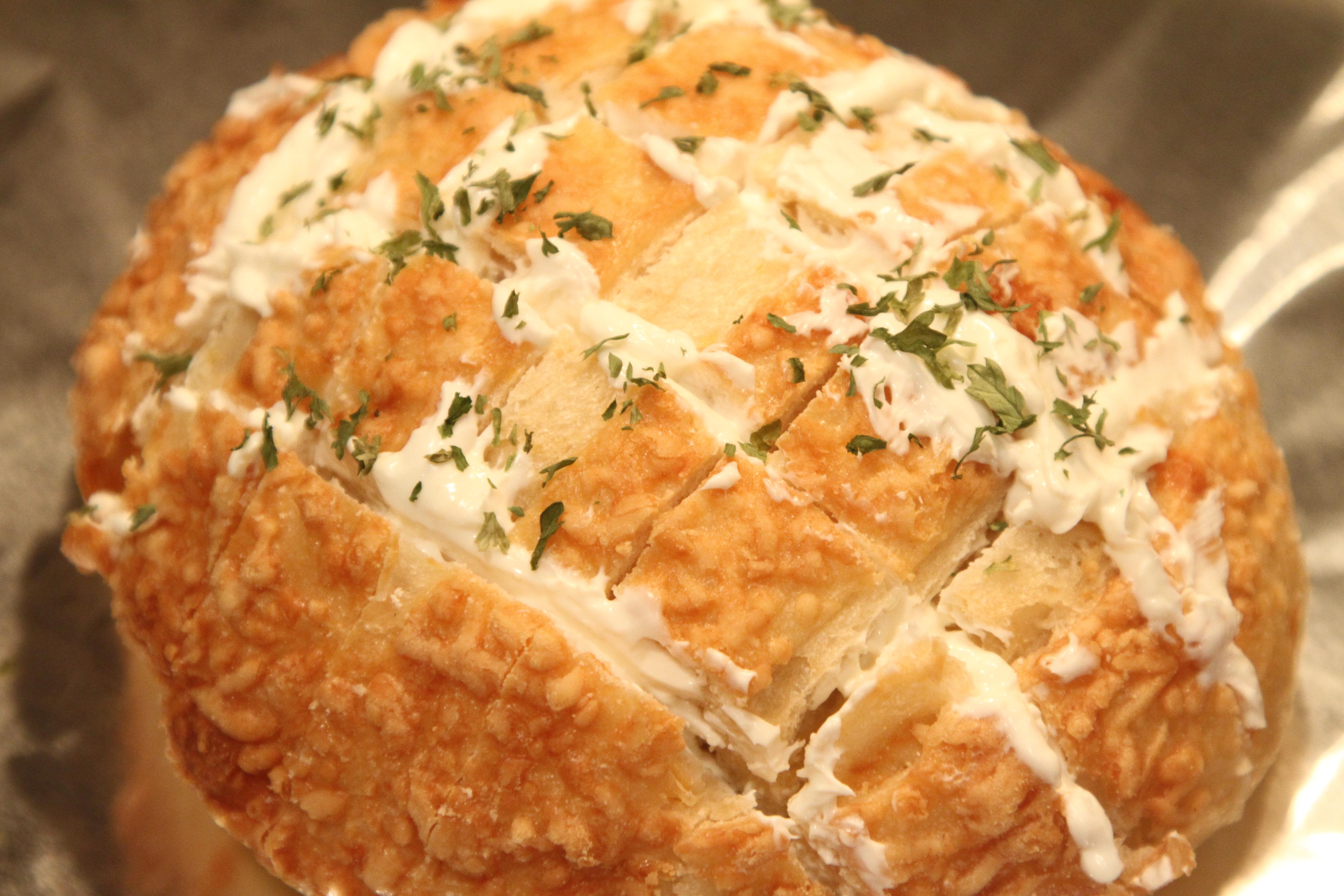 Tomato Basil Soup and Cream Cheese Garlic Bread Blossom | Design Times ...